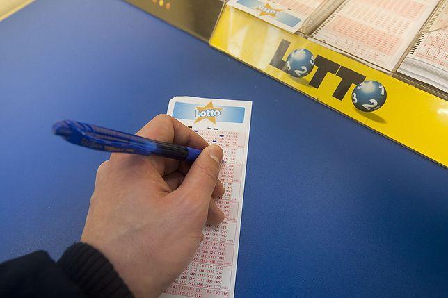 Wyniki Lotto 25.04.2021 – losowania Multi Multi, Ekstra Pensja, Kaskada, Mini Lotto, Super Szansa