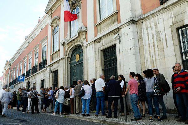 4 lokale wyborcze we Francji ewakuowane z obawy przed terrorystami