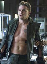 """""""Arrow"""": Finał 2. sezonu serialu"""