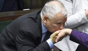 """Jarosław Kaczyński przedstawia panią Kasię. """"Jest jak pani Basia, tylko mniej znana"""""""