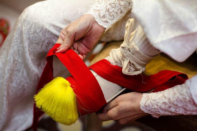 Krępowanie stóp to niezwykła tradycja z Chin