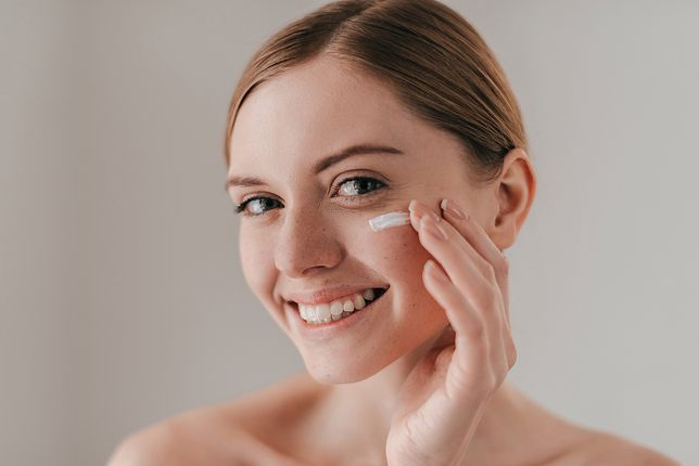 Nawilżają i regenerują skórę. Kosmetyki ze śluzem ślimaka coraz bardziej popularne
