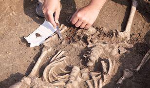 Odkryte ciała znajdowały się w bardzo złym stanie, co uniemożliwiło ich początkową identyfikację