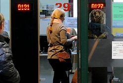 NBP: pracy szukamy coraz dłużej; 27 proc. umów na czas określony