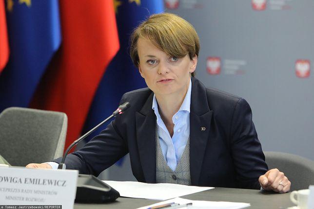 Wicepremier Jadwiga Emilewicz nie złożyła oświadczenia majątkowego w terminie