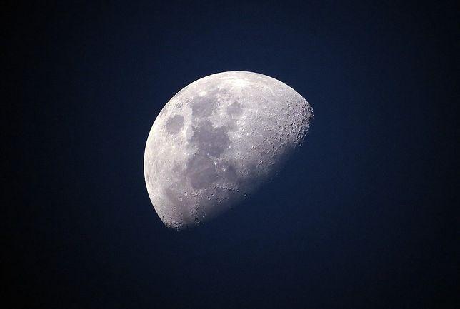 Żelazo i tytan na Księżycu