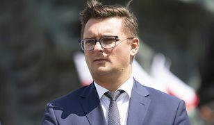 Prezydent Katowic Marcin Krupa zasłabł podczas sesji Rady Miasta. Wraca do pracy