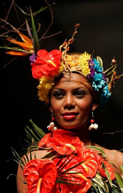 Suknia z liści, buty z kory, czyli moda ekologiczna
