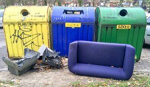 Druki awizo na śmietniku. Kto je wyrzucił?