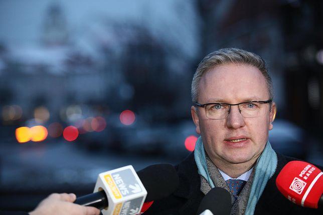 """Szczerski mówił też o  """"oburzających"""" głosach nt. rozbiórki pomników smoleńskich"""