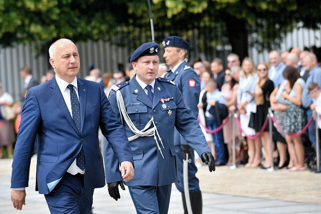 """Pierwsze święto Służby Ochrony Państwa. Minister dziękuje za """"trud tworzenia formacji"""""""