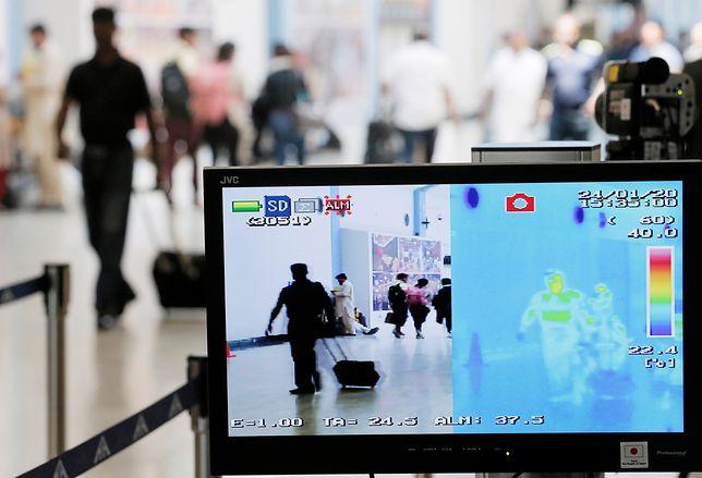 Chiny. Już 56 ofiar koronawirusa. Zakażonych jest ponad 2 tys.