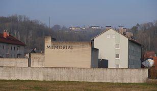 Na terenie byłego obozu koncentracyjnego w Austrii zbudowano osiedle małych bloków i domków jednorodzinnych