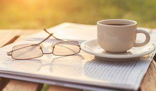 Czarna kawa najlepiej smakuje rano.
