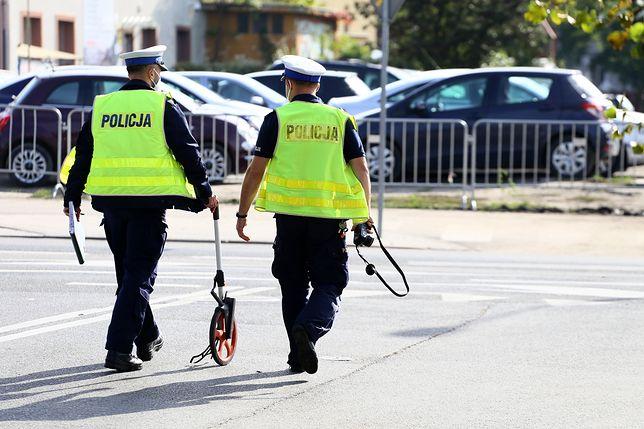 Warszawa. Pięć aut uczestniczyło w niedzielnej kraksie na S8. Nikomu nic się nie stało, utworzył się tylko ogromny korek na moście Grota-Roweckiego