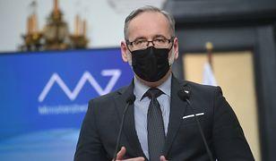 Czwarta fala pandemii. Ministerstwo Zdrowia szykuje się na jesień