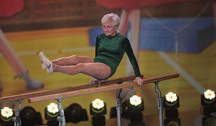 Tej staruszce nie straszne są salta i szpagaty. Gimnastykę trenuje już prawie 80 lat!