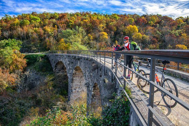 Chorwacja na dwóch kółkach. Gdzie warto wybrać się jesienią?