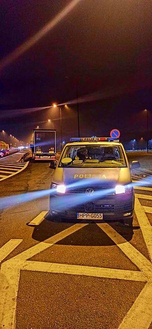 Policjanci z Gliwic ukarali kierowcę tira mandatami na kwotę ponad 6 tysięcy złotych.