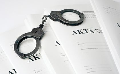 47-latek oskarżony o wyłudzenie od firm 1,2 mln zł