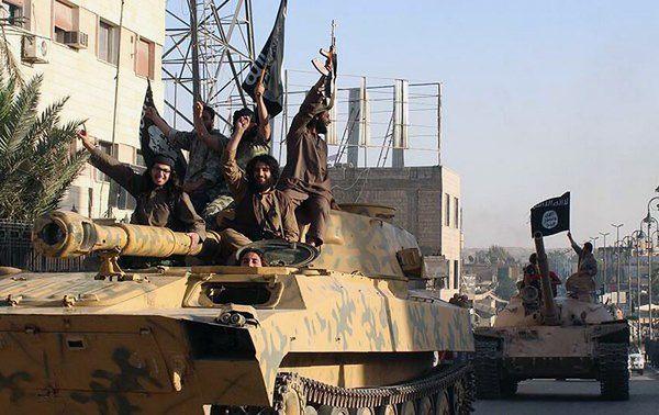 Dżihadyści zajęli niemal trzecią część Syrii i Iraku