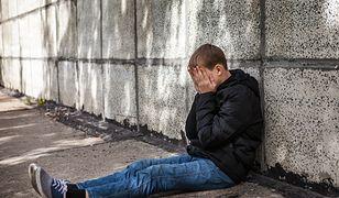 Coraz więcej dzieci próbuje się zabić. Szpitale psychiatryczne pękają w szwach
