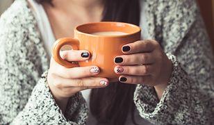 Efektownie i trwale ozdobisz paznokcie w domu