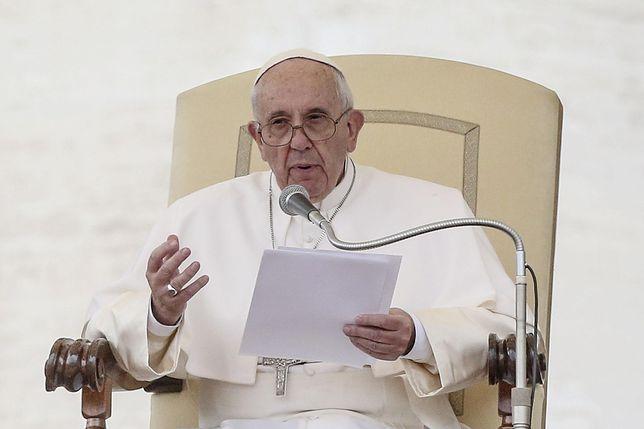 Papieska komisja wysłucha ofiar pedofilii