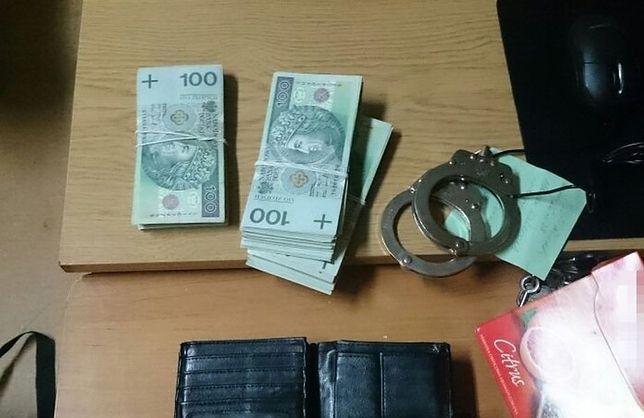 Policja ujęła fałszywych policjantów CBŚ. Chcieli wyłudzić ponad 70 tys. zł
