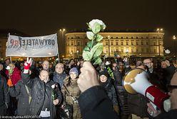 Przepychanki podczas miesięcznicy smoleńskiej. Obywatele RP starli się z policją