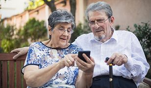 Telefon dla seniora powinien być prosty w obsłudze i mieć czytelny wyświetlacz
