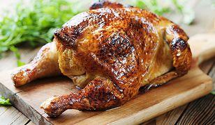 Czy można upiec kurczaka własną dłonią? Okazuje się, że tak