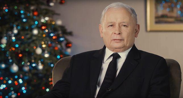 Jarosław Kaczyński złożył w sieci życzenia. Powiedział, jakiej Polski wszystkim życzy
