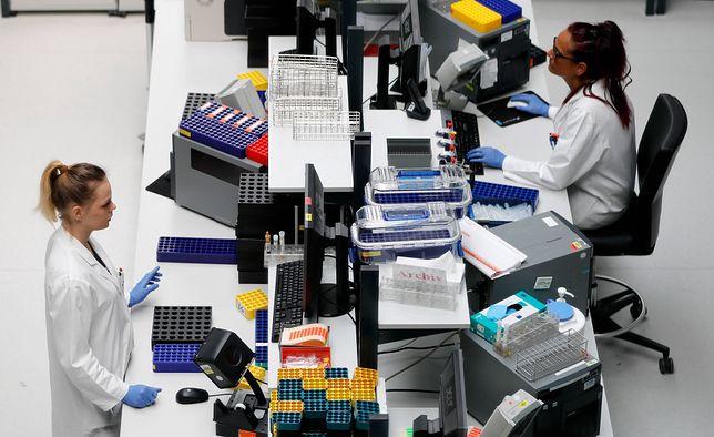 Koronawirus w Polsce i na świecie. Lek na COVID-19 już za kilka miesięcy?