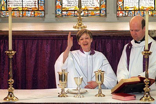 Anglikanie mówią NIE kobietom-biskupom