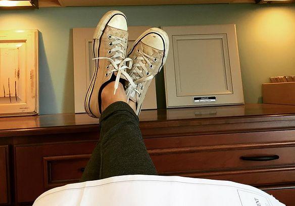 Brudne buty robią furorę. I jest na to wytłumaczenie