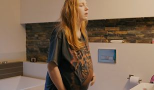 Nastolatka w ciąży - kadr z filmu Reżysera Życia