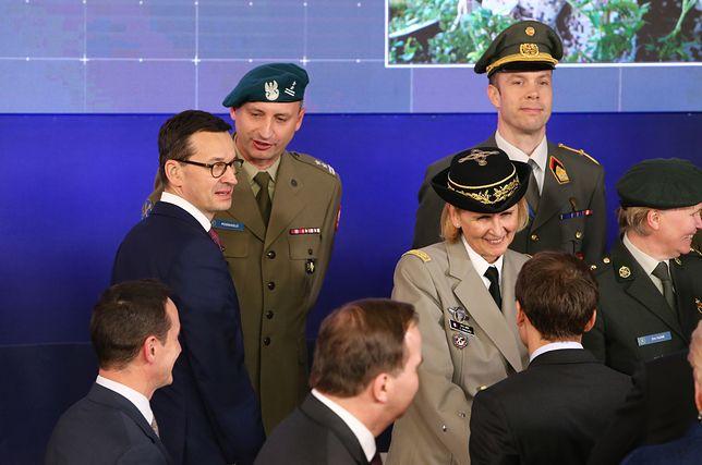 Premier Mateusz Morawiecki przed wylotem z Brukseli.