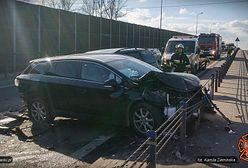 Zderzenie sześciu aut w Łomiankach. Ogromny korek w kierunku stolicy
