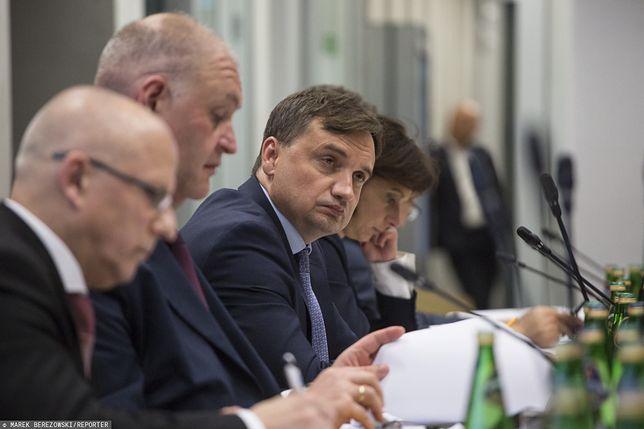 Sejm. Komisja sprawiedliwości i praw człowieka zajmuje się wnioskiem opozycji ws. Zbigniewa Ziobry