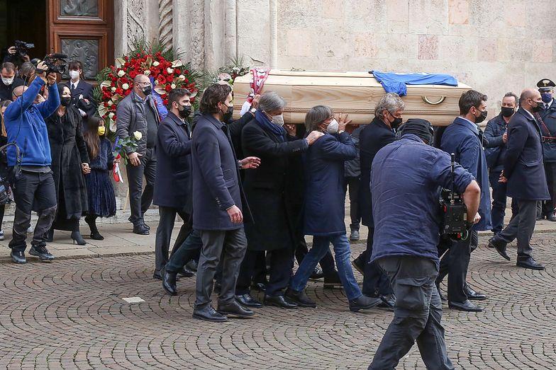 Skandal w czasie pogrzebu Paolo Rossiego. Dla niektórych nie ma świętości