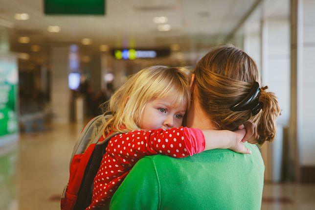 Młoda matka zmagała się z depresją poporodową. Jeden gest nieznajomej zmienił wszystko