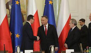 Od lewej: premier Mateusz Morawiecki, prezydent Andrzej Duda oraz wicepremier Piotr Gliński