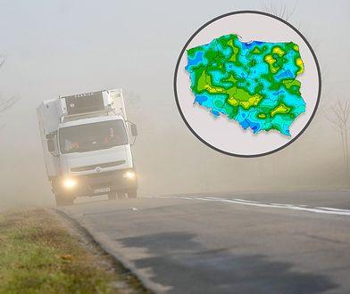 Efekt suchowieja - zadymka z suchego pyłu podnoszonego z pól.