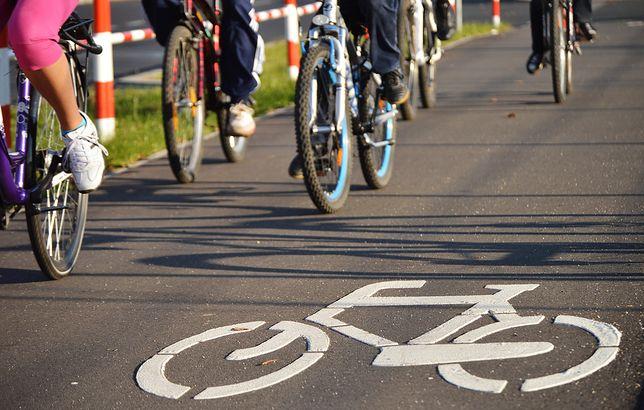 Droga rowerowa, która nie jest drogą rowerową. Chodzi o znak