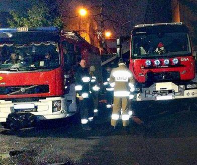 Dwie osoby ranne, ewakuacja. W Zawierciu spłonęło mieszkanie