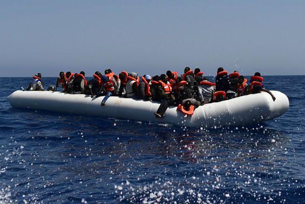Włochy: ponad 2350 migrantów uratowano na Morzu Śródziemnym