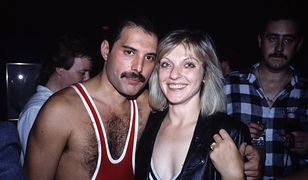 38. urodziny Freddiego Mercury'ego. Na zdjęciu wokalista i Mary Austin, 1985 r.