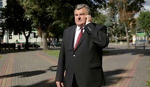Senator PiS Tadeusz Romańczuk, poskarżył się na życie z piętnem złodzieja. CBA wysłało do jego domu 20 agentów.