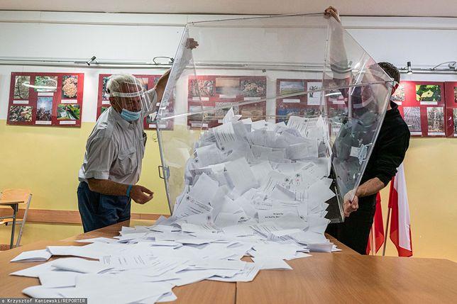 Wybory prezydenckie w Polsce odbyły się 28 czerwca. Druga tura dwa tygodnie później